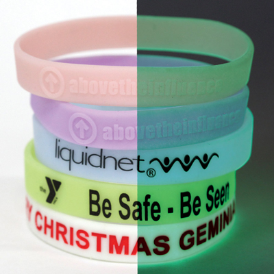 glow-in-the-dark-material-silicone-bands-1