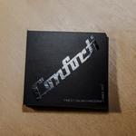 velvet-business-cards-with-spot-uv